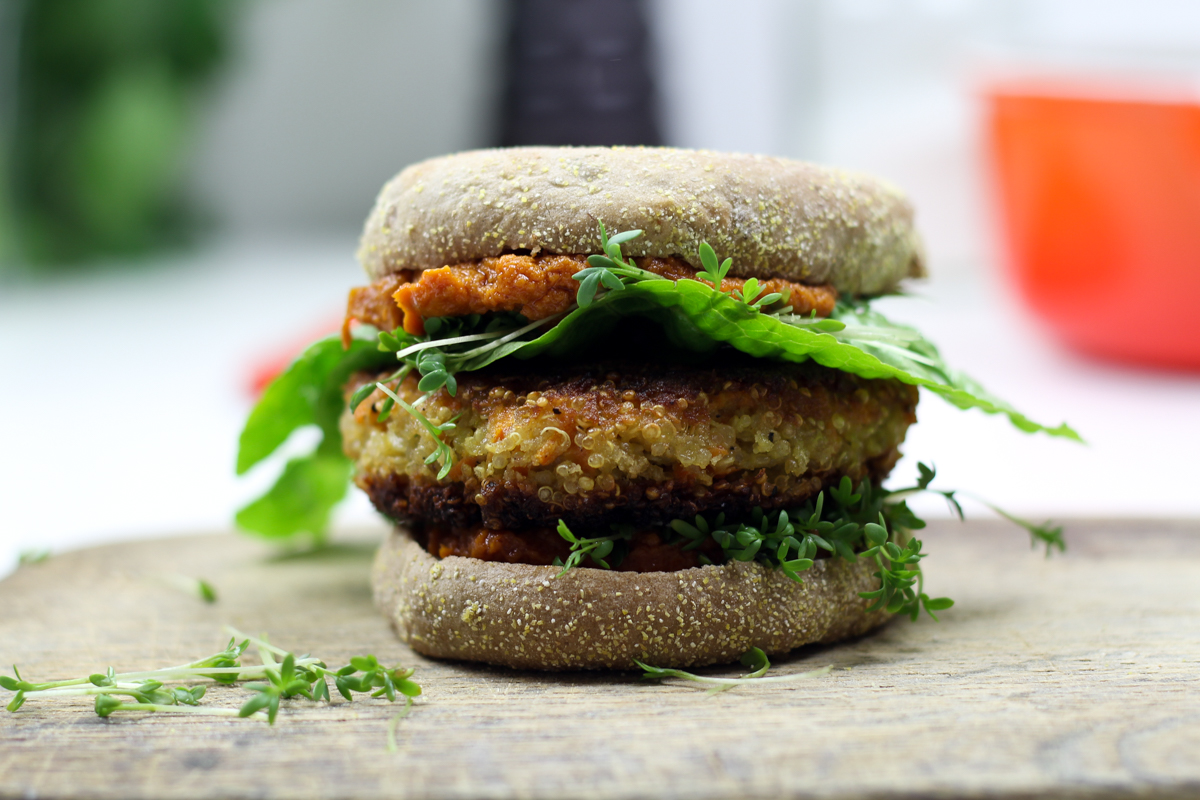 kitchenmate-quinoa-burger-3
