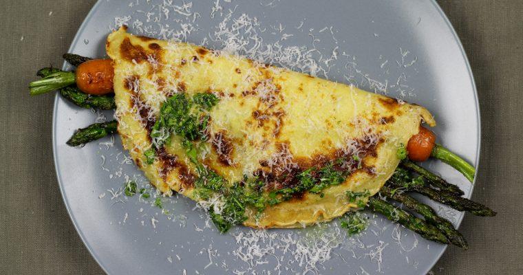 Pfannkuchen mit karamellisiertem Spargel und Gartenkräuter-Vinaigrette