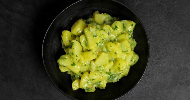 Wiener Kartoffelsalat (Erdäpfelsalat)