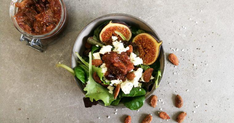 Feigensalat mit gerösteten Salzmandeln und Garam Masala Chutney