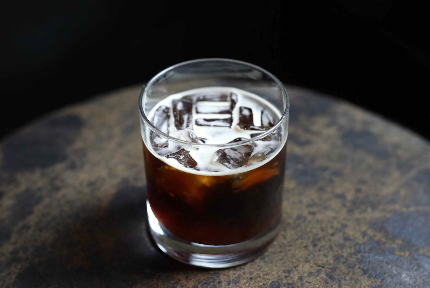 Wer sagt, dass Kaffee heiß sein muss? Rezept für Cold Brew (Slushy)